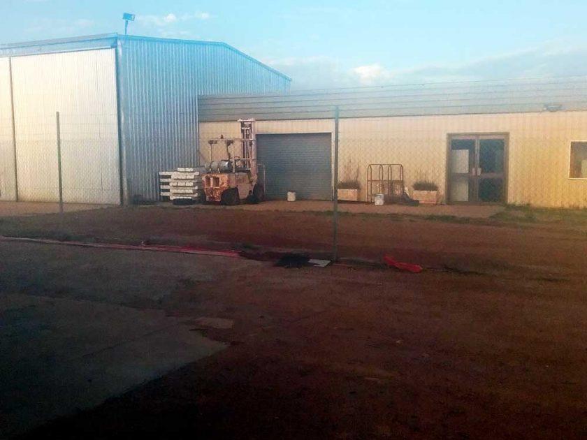 Front view of workshop premises in Beacon Western Australia